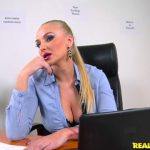 Milf Porn Video – RealityKings – RKPrime presents Kayla Green in Sexual Counseling – 10.11.2016 (MP4, SD, 768×432)