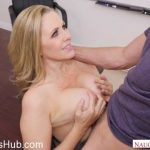 Milf Porn Video – NaughtyAmerica – MyFirstSexTeacher presents Julia Ann 23685 – 11.01.2018 (MP4, SD, 854×480)