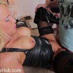 Milf Porn Video – Mydirtyhobby presents Daynia – Latex Hobbyhure von 2 Fickern gebucht (MP4, FullHD, 1920×1080)