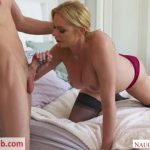 Milf Porn Video – NaughtyAmerica – MyFriendsHotMom presents Briana Banks – 20.09.2018 (MP4, SD, 640×360)