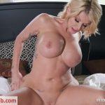 Milf Porn Video – Brazzers – MilfsLikeItBig presents Joslyn James in Sneaky Mom, Clueless Dad – 07.11.2018 (MP4, FullHD, 1920×1080)